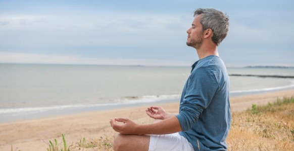 The Difference Between Meditation And Self-Hypnosis (And Why The Super Successful Make Them Part Of Their Morning Routines)
